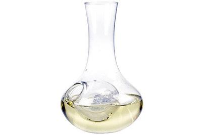 Decanteerkaraf witte wijn met ijsvak