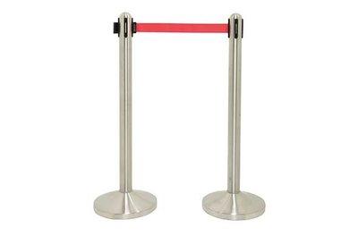 Intrekbare barriere 210cm
